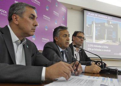 El gobernador anunció viviendas para Rivadavia