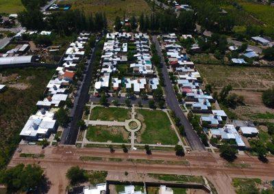 Ya se asfaltan barrios de la tercera etapa del plan municipal de asfalto