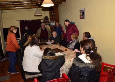 Reunión por asfalto en calle Fausto Arenas de Ciudad